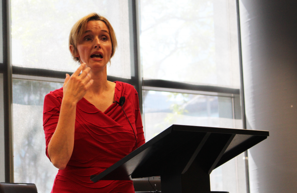 Journalist Jody Porter speaks at the Ryerson School of Journalism on Sept. 16 (Photo: Cait Martin Newnham)
